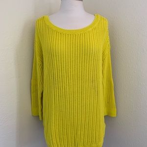 GAP 3/4 Sleeve Vibrating Yellow Crew Sweater Sz L